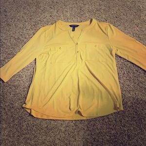 BNWT Ellen Tracy Yellow Blouse with Gold Buttons